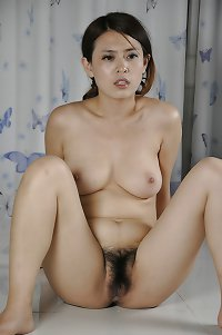 Chinese policewoman nude